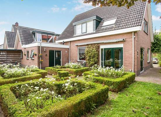 Lijsterbesstraat 1 in Hem 1607 BE