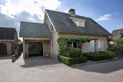 Frans Hochstenbachstraat 2 in Nistelrode 5388 CZ