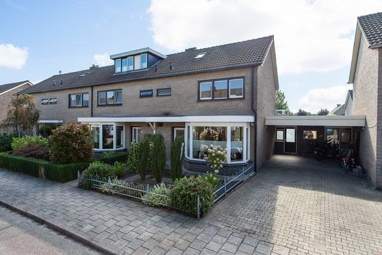 Van Speijkstraat 16 in Haaksbergen 7482 BN