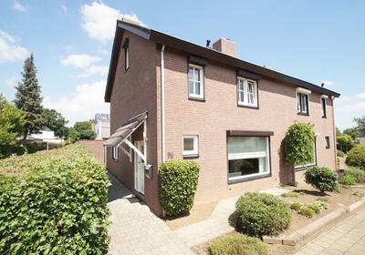 Gansbeek 75 in Geleen 6166 JG