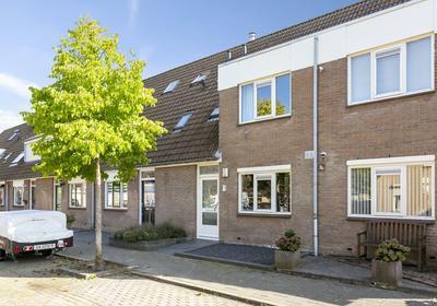 Harmoniepolder 72 in 'S-Hertogenbosch 5235 TL