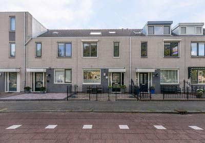 Mina Krusemanstraat 68 in Spijkenisse 3207 DE