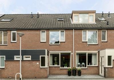 Honingzwam 5 in Alphen Aan Den Rijn 2403 HN