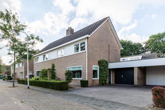Houtveld 24 in Udenhout 5071 TL