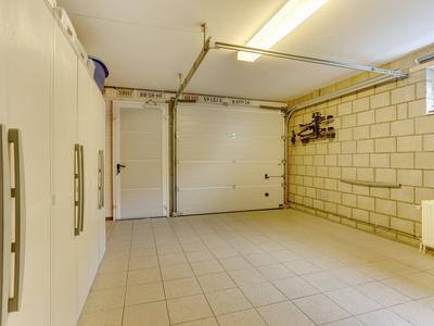 Past. Van Basten Batenburglaan 39 in Beringe 5986 CB