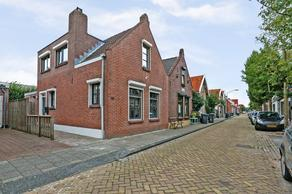 Koningstraat 15 in Raamsdonksveer 4941 GT