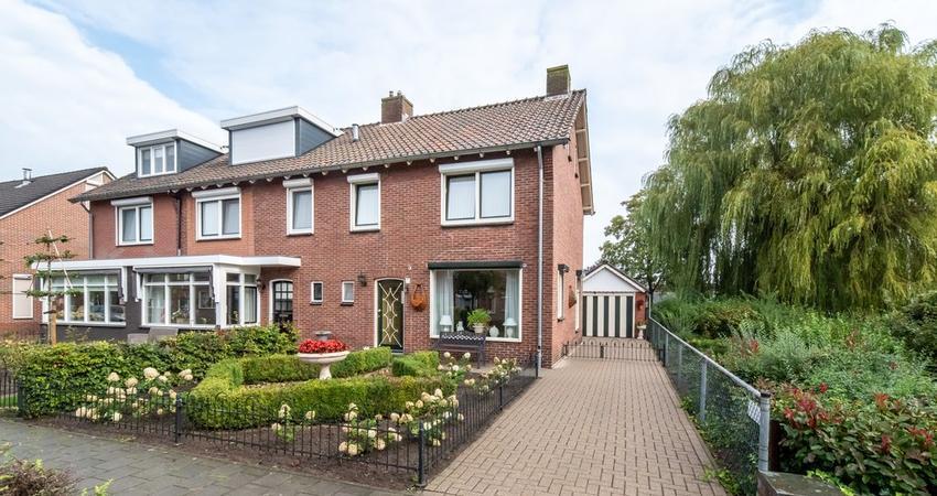 Dokter Stokkersstraat 8 in Rijssen 7462 AD