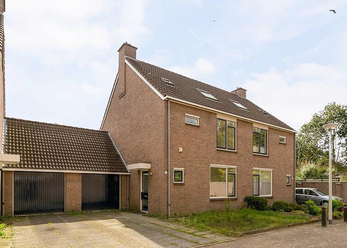 Baakberg 60 in Roosendaal 4707 RX