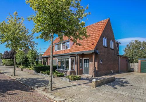 Laan 1940 - 1945 15 in Harderwijk 3841 JA