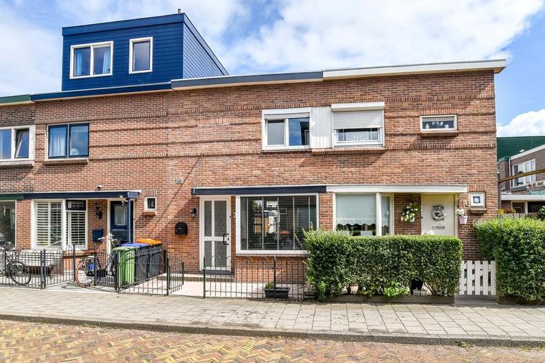 Van Speijkstraat 7 in IJmuiden 1972 CE