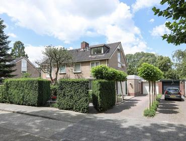 Willem Klooslaan 30 in Uithoorn 1422 JZ