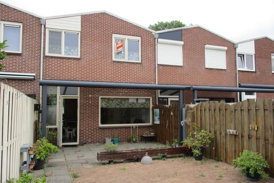 Dubbelmonde 104 in Zevenbergen 4761 NR