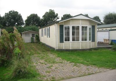 Kerkweg. 9 A 215 in Hensbroek 1711 RR