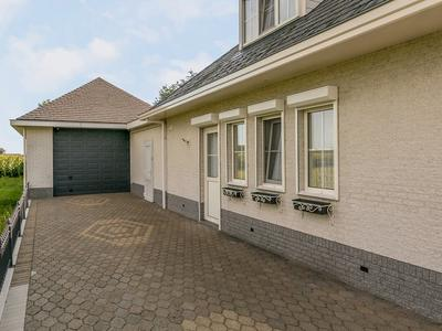 Irenestraat 95 in St. Willebrord 4711 SB