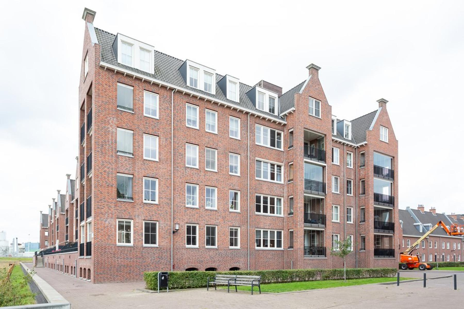 Willem Van Oranjestraat 33 in Geertruidenberg 4931 NJ