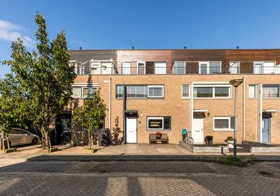 Roemer Visscherstraat 62 in Almere 1321 CB