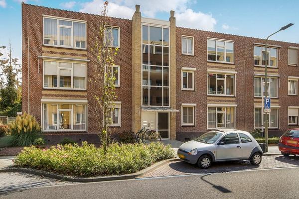 Maria Theresialaan 57 in Roermond 6042 AK