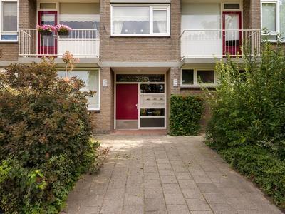 Burgemeester De Zeeuwstraat 200 in Ridderkerk 2981 AG
