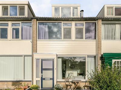 Berglaan 43 in Zoetermeer 2716 EB
