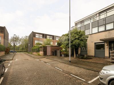 Cornelia Wilbrenninckstraat 4 in Rotterdam 3066 HC