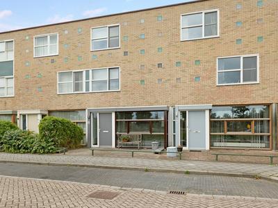 Heemraad 68 in Alphen Aan Den Rijn 2408 HW