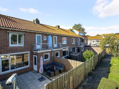 Lorentzweg 50 in Lekkerkerk 2941 VE