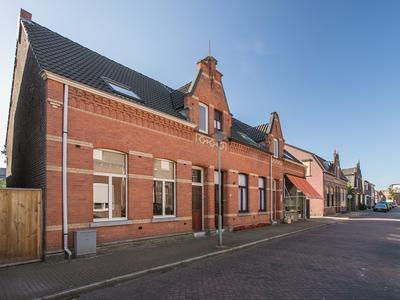 Schoolstraat 24 in Tegelen 5931 PB