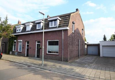Weustenraedtstraat 44 in Hoensbroek 6431 GV