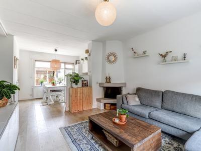 Wilhelminastraat 47 in Hardinxveld-Giessendam 3373 AR