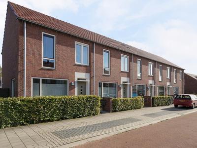 Rozenstraat 1 in Raalte 8102 ZS