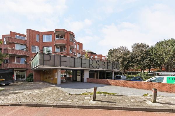 Pietersberg 176 in Capelle Aan Den IJssel 2905 PH