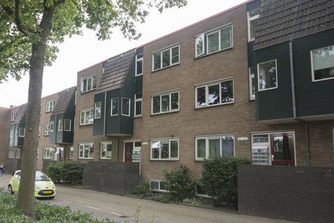 Rosmolen 44 in Ridderkerk 2986 EB