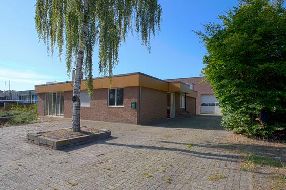 Parmentierweg 16 16A in Almelo 7602 PW