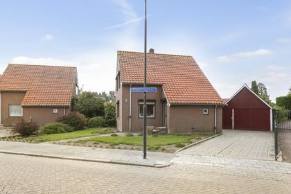 Edvard Griegstraat 2 in Fijnaart 4793 GP