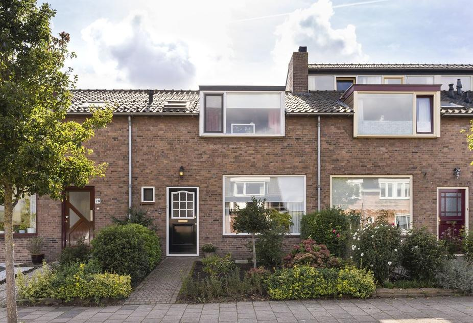 Ruwielstraat 26 in Nieuwer Ter Aa 3626 AJ