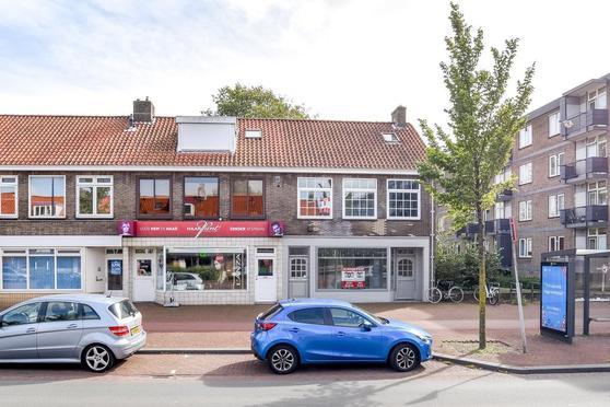Lange Nieuwstraat 2 in IJmuiden 1972 GN