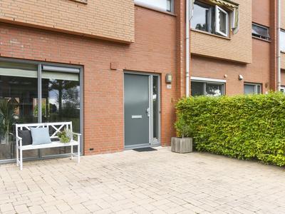 Hof Van Wieligh 28 in Nootdorp 2631 XC
