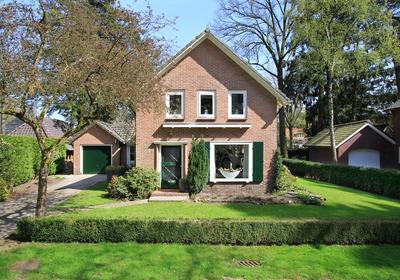 Douglaslaan 1 in Apeldoorn 7313 HC