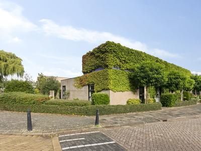 Cornelis Van Kleiburgstraat 2 C in Hellevoetsluis 3222 CD