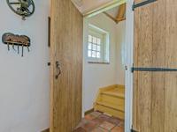 Verdieping: <BR>Vanuit de keuken is de afsluitbare trapopgang naar de verdieping met een houten verdiepingsvloer welke uiteraard is voorzien van een veilige brandwerende - isolerende laag.