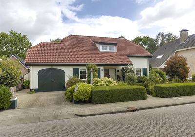 Vlettevaart 22 in Rucphen 4715 EX