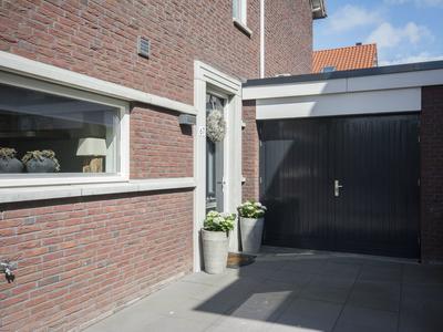Troelstrastraat 67 in Hardinxveld-Giessendam 3371 VJ