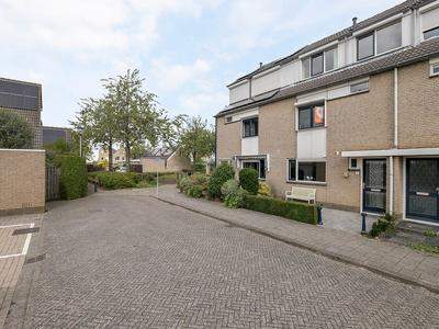 Frenkelerf 18 in Oud-Beijerland 3263 EE