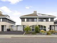 Lemmeraak 11 in Bergen Op Zoom 4617 GK