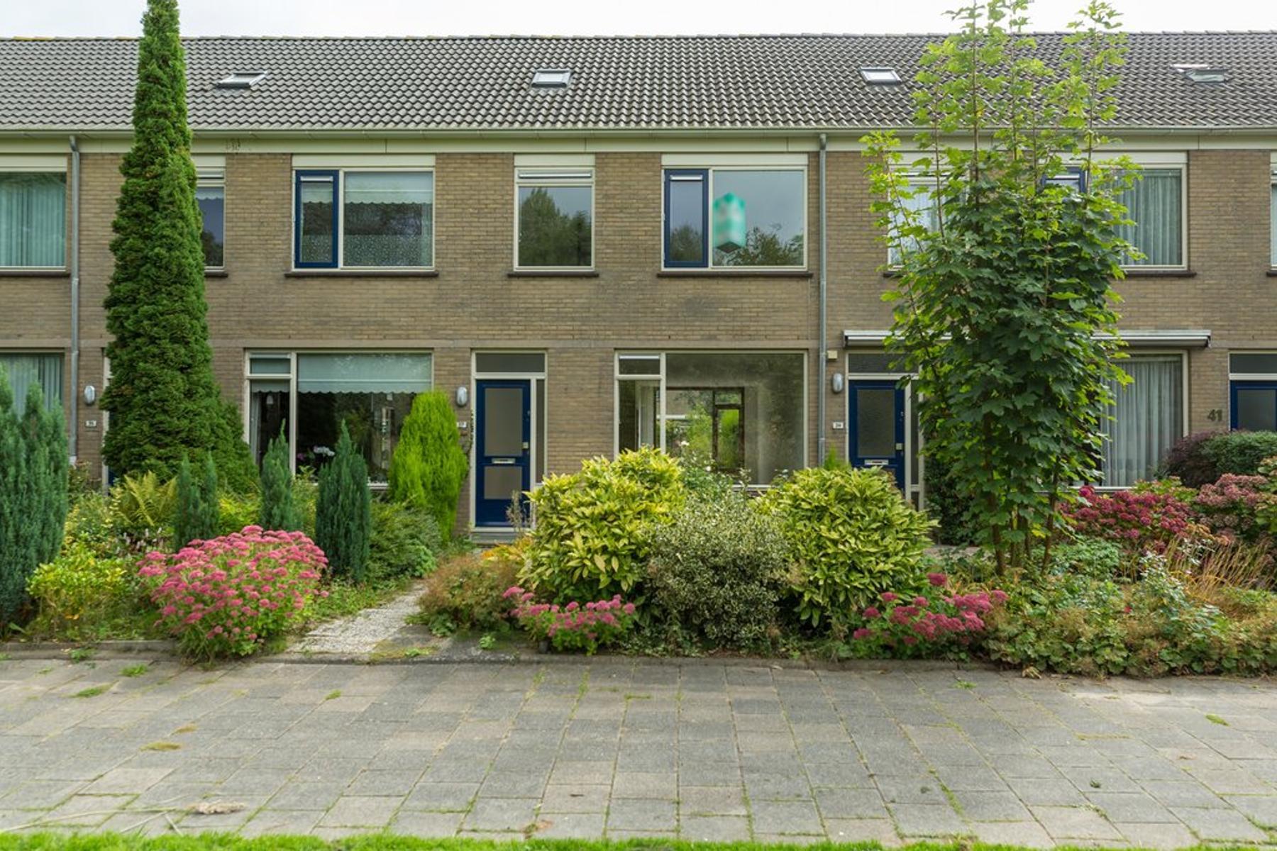 Eikendreef 37 in Ridderkerk 2982 CH