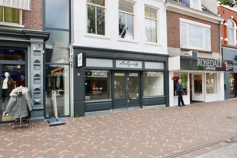 Hoofdstraat 103 in Veenendaal 3901 AJ