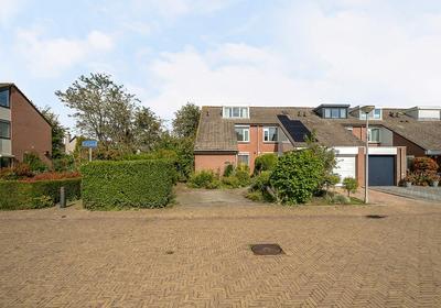 Vrijland 16 in Mijnsheerenland 3271 VJ