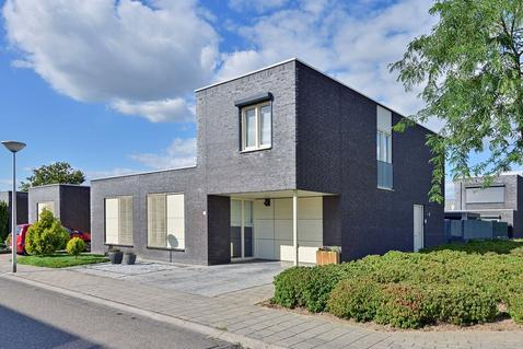 Anna Bijnsstraat 22 in Sittard 6136 TV