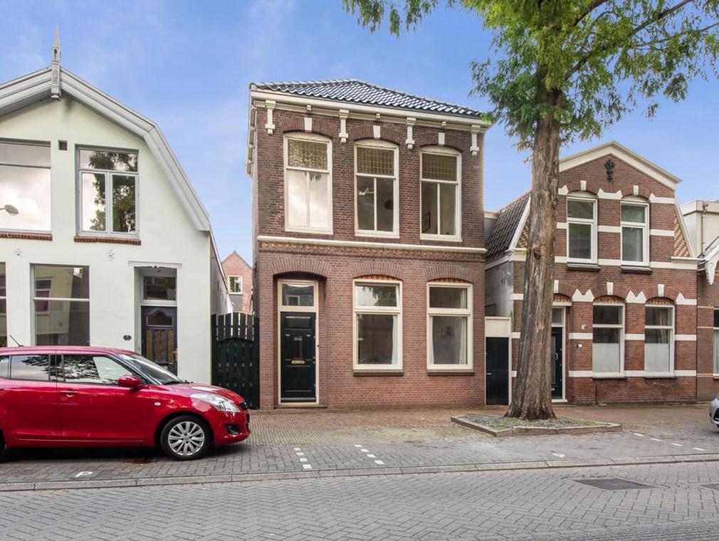 Stationsstraat 16 in Zaandam 1506 DG