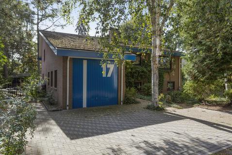 Spoorstraat 17 in Dorst 4849 AR